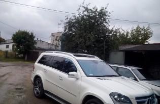mercedes-gl-550-v8